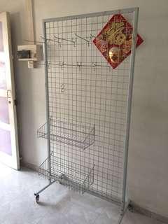 Mesh display rack