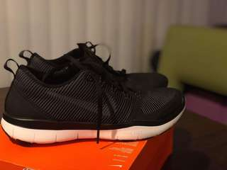 Nike Free Train Versatility Size 10 (Bought from US, Orlando Nike outlet for 100USD)