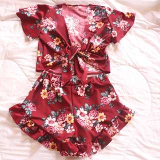 Cassie Floral Red Terno