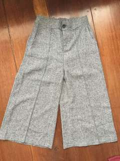[RE-PRICED] Patterned Gray Square Pants (Garterized with button)