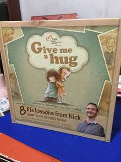 Nick Vujicic - Give Me a Hug (for kids)
