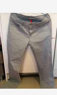 🚚 Uniqlo女用彈性褲