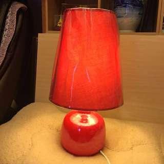 紅色型格枱燈 九成新