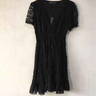 Little black dress with soft lace and silky lining