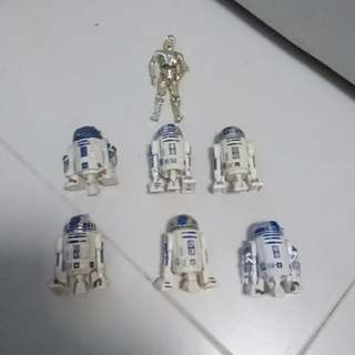 Assortment of R2D2 and 1 CP3O