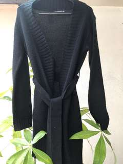 Terranova black robe sweater