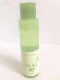 Soothing & moisture aloe vera 90%
