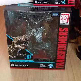 TRANSFORMER STUDIO SERIES 07 GRIMLOCK $100 SOLD OUT/ 04 RATCHET $35/ 06 STARSCREAM $55 SOLD OUT/ 05 OPTIMUS PRIME $55 SOLD OUT