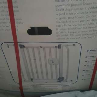Hair dryer n safety gate plus 2 extension