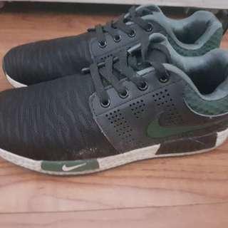 Class A Nike Rubber Shoes