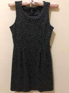 Forever 21 grey black mini dress