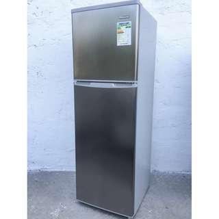 fridge (Rasonic) (free delivery)