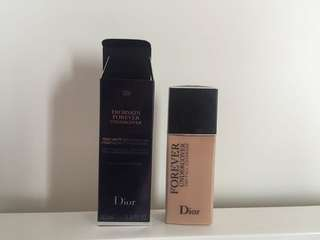 Dior Diorskin Forever Undercover Foundation 020 100% New