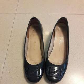 Luxury Authentic Ferragamo Ladies Shoe