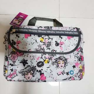 Art bag / laptop Sling bag