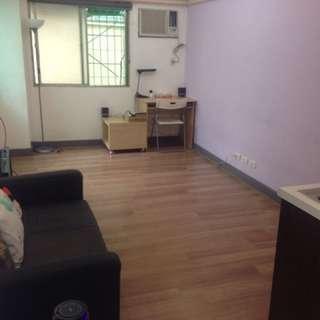 高雄鹽埕捷運站旁套房出租 Room For Rent, near Kaohsiung MTR Station O2