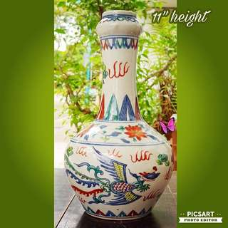 """1920s Vintage Chinese """"Ming Guo"""" Porcelain Vase with Dragon and Pheonix motif. Good Condition, no chip no crack. $78 clearance offer, sms 96337309."""