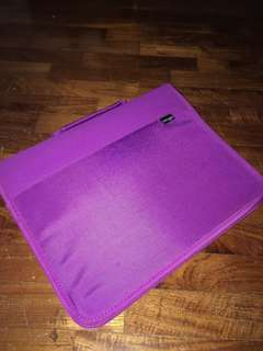 Smiggle zip up file organizer