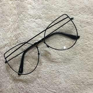 Specs/Eyeglasses