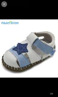 Baby's shoe, 3-9 months, brand new, full leather,
