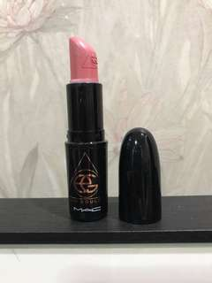 Mac x ellie goulding lipstick (without your love)