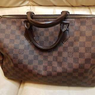 Authentic LV speedy 35cm (preloved)