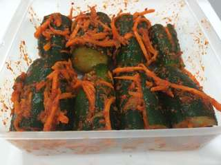 Authentic Homemade Korean Cucumber Kimchi (Oisobagi Kimchi-오이소박이 김치)