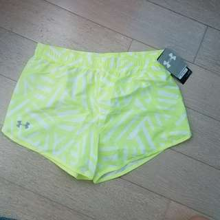 Brand new Under Armour Girls Large shorts