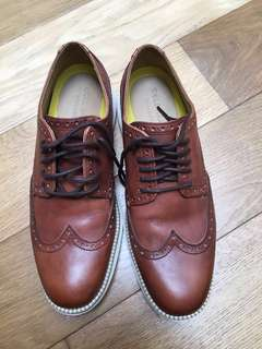 Cole haan leather shoe