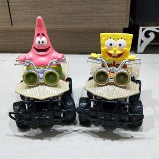 🚚 海綿寶寶 造型玩具車 兩台合售(約20公分*20公分)