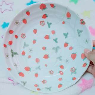 Little stawberry ceramic plate