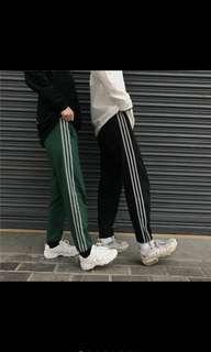 🚚 韓國個性時尚反光三條線 黑褲