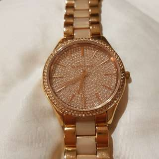 Michael kors elegant gold and mother of pearl watch