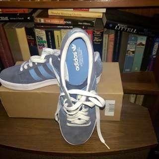 Adidas sneakers US 10.5
