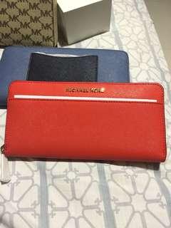 Michael Kors Jet Set Travel wallet Sangria