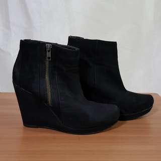Dorothy Perkins Zip Up Wedge Boots