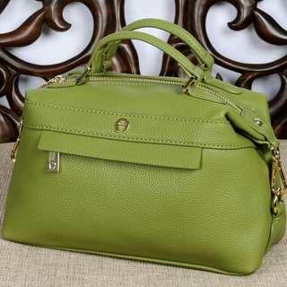 AIGNER  Ornella Roma Handbag Clemence Leather Hardware Gold 7631*