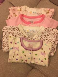 New born body suits