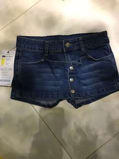 Celana rok  jeans hot pants size 28