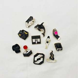 Enamel pin - black