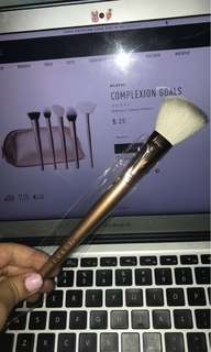 Morphe Deluxe Pointed Contour Brush