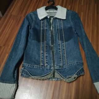 Denim Jacket for your Winter OOTD