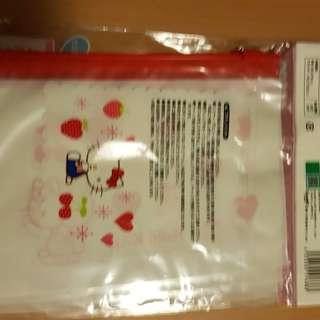 Kitty Ribbon zipper bag (m size)