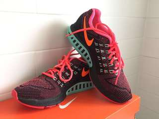 Nike Air Zoom Structure 18 / Women's Sz 8