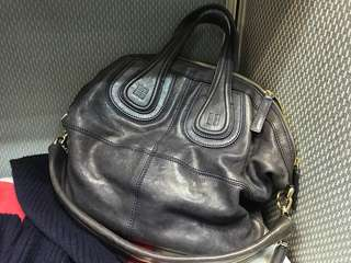 Givenchy Nightingale middle 70%new