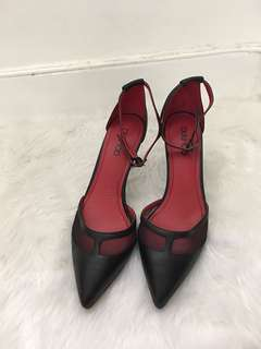 Red and black pointed heels (size 10)