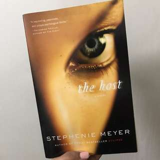 The Host By Stephanie Meyer (Young Adult)