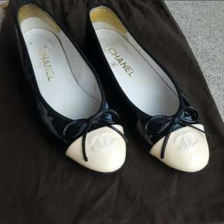 Authentic Chanel Patent leather shoes