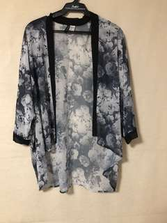 H&M floral kimono