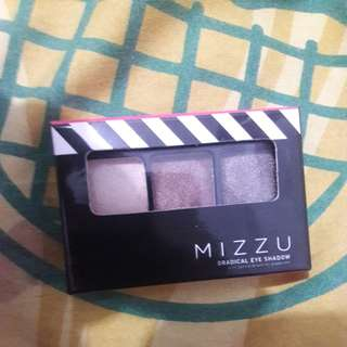 Eyeshadow mizzu